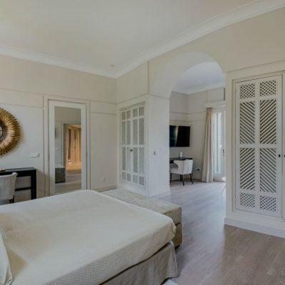 Izara Beach Villa (17)-w1850-h950