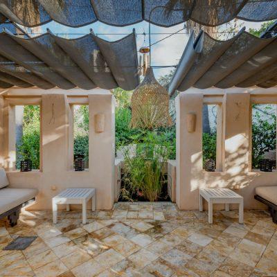 Izara Beach Villa (22)-w1850-h950