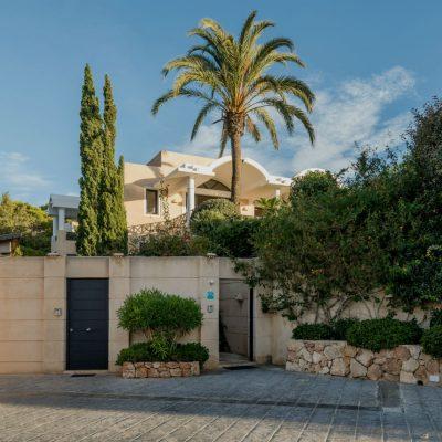 Izara Beach Villa (30)-w1850-h950