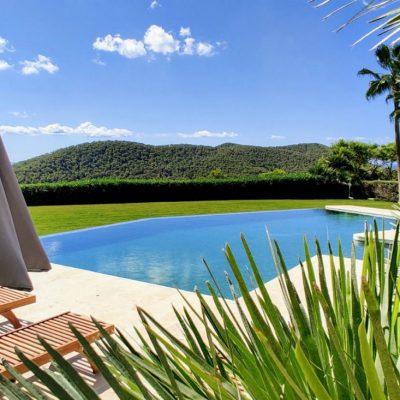 Villa Cardona New Pool 2020 (1)-w1850-h950